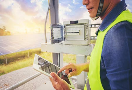Uses of Field Service Management in Utilities